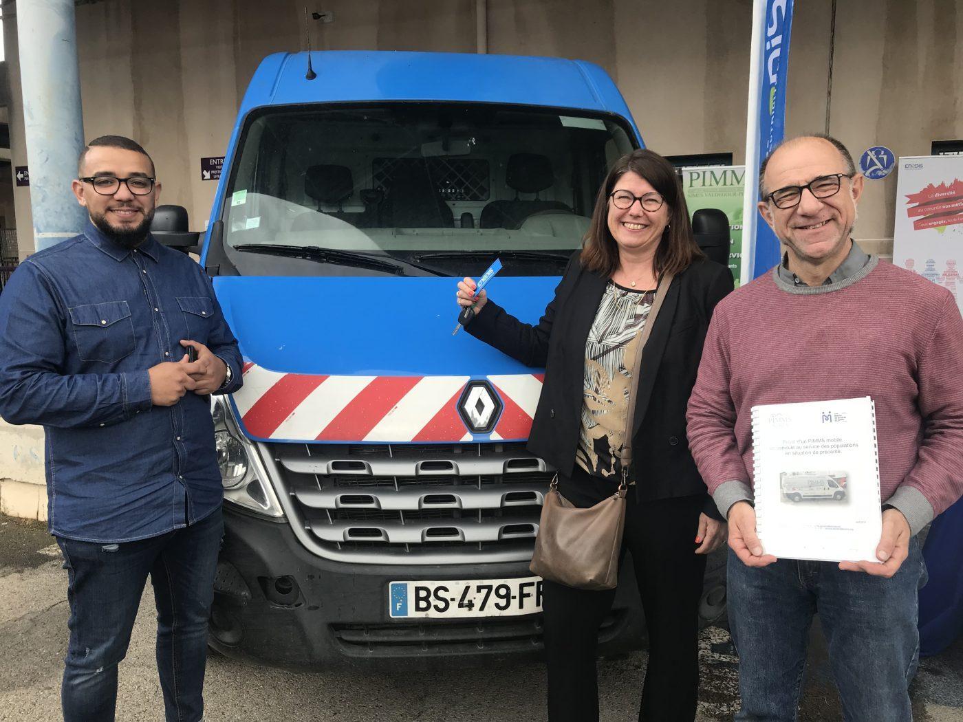 L'équipe du Point information médiation multiservices de Nîmes
