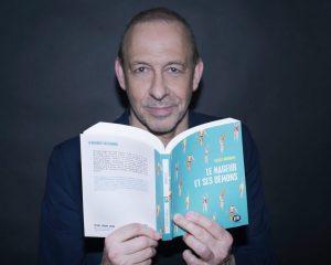 Gilles Bornais, nageur et écrivain