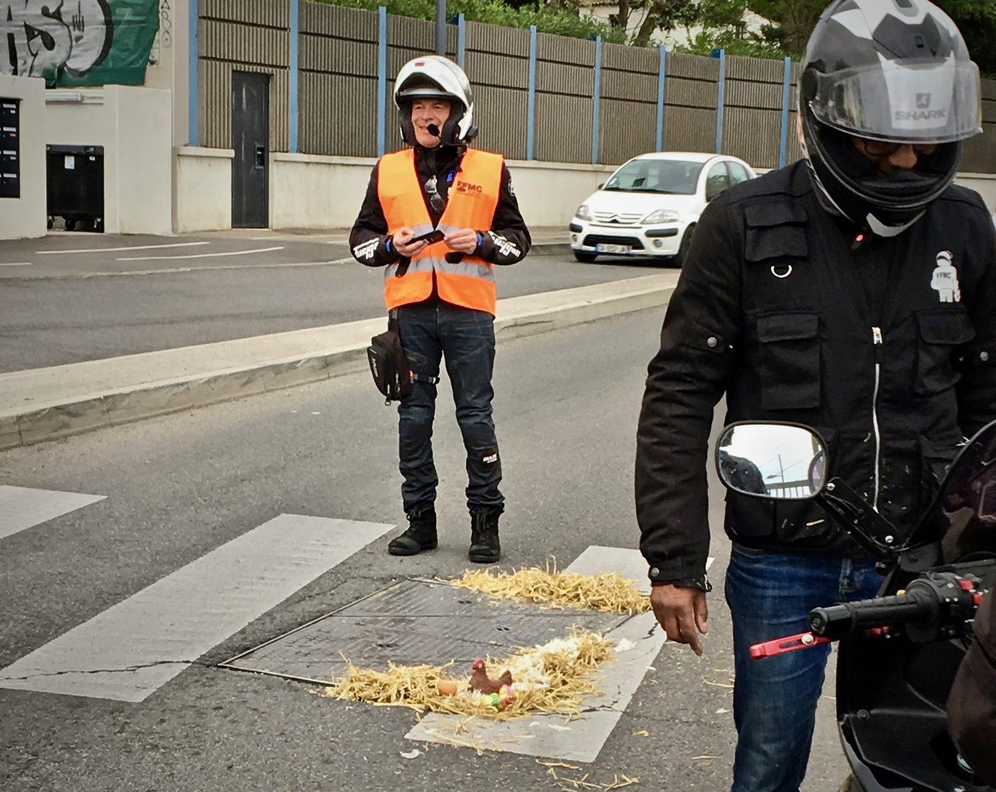 Routes : À Pâques, les motards font la chasse aux nids de poule